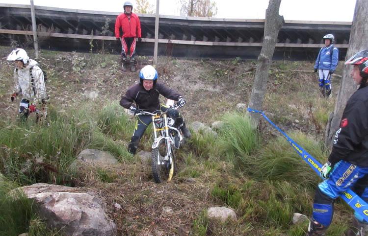 pengar ledsagare umgänge i Eskilstuna